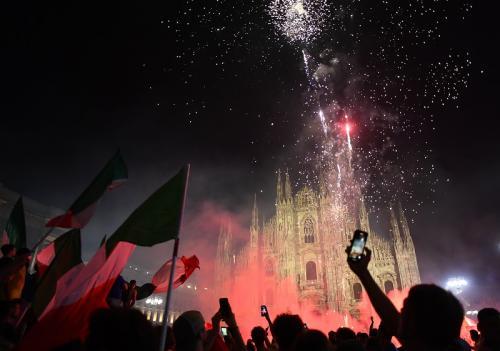 Perayaan juara Italia di Kota Milan