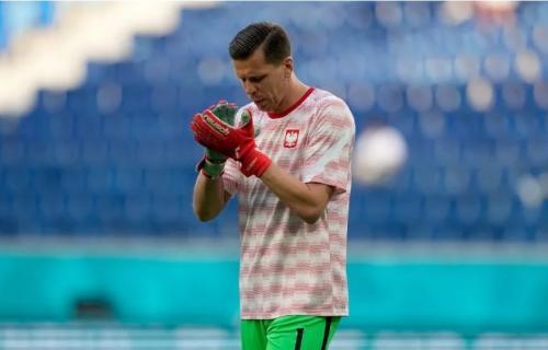 Wojciech Szczesny tampil buruk di Piala Eropa 2020 (Foto: Sportskeeda)