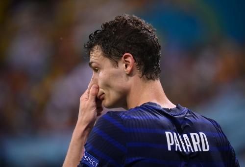 Benjamin Pavard tampil buruk di Piala Eropa 2020 (Foto: Reuters)