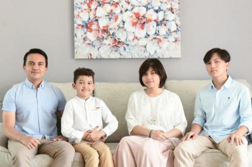 Sahrul Gunawan unggah foto keluarga. (Foto: Instagram/@sahrulgunawanofficial)