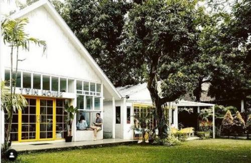 Rekomendasi Kafe Bridal Shower Twin House Coffee & Kitchen