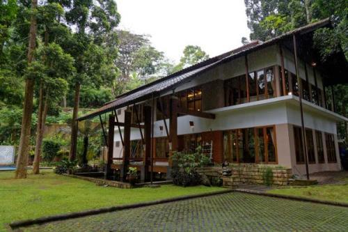 Rekomendasi Honeymoon Jabodetabek Plataran Puncak Villa, Bogor