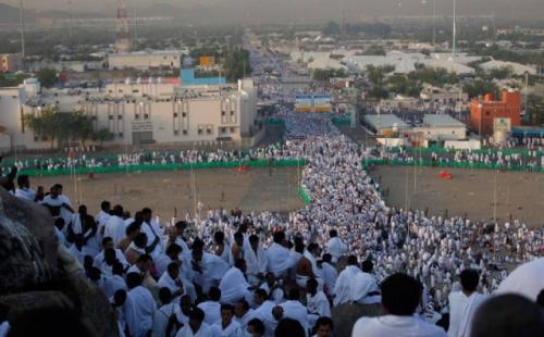 Jamaah haji wukuf di Arafah. (Foto: Widi Agustian/Okezone)