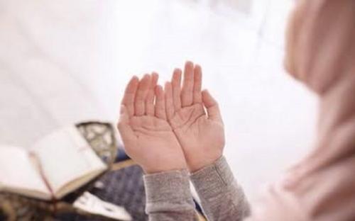 Ilustrasi narapidana wanita jadi mualaf. (Foto: Shutterstock)