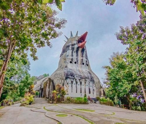 Gereja Ayam di Bukit Rhema, Magelang