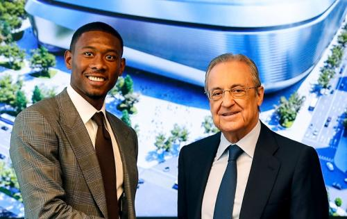 David Alaba dan Presiden Real Madrid Florentino Perez (Foto: Twitter/@realmadrid)