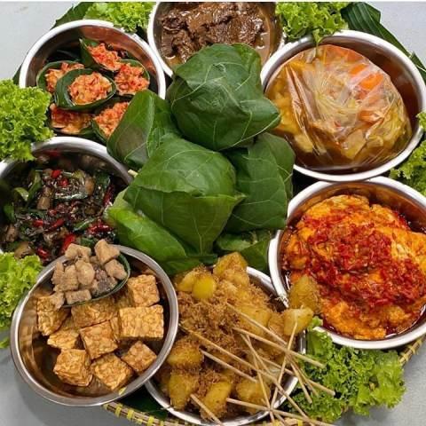Nasi jamblang khas Cirebon. (Foto: Instagram @republik.santri)