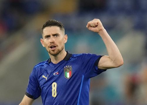 Jorginho bela Italia di Piala Eropa 2020 (Foto: Reuters)