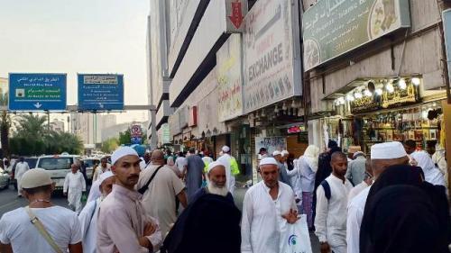Ilustrasi aktivitas jamaah haji dan umrah usai beribadah di Tanah Suci. (Foto: Widi Agustian/Okezone)