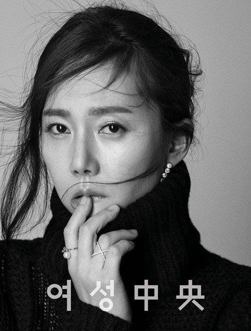 Yum Jung Ah juga mendapat tawaran membintangi Cleaning Up. (Foto: Hancinema)