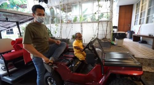 Raffi Ahmad dan Ucok Baba. (Foto: YouTube Rans Entertainment)