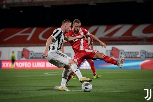 Suasana laga AC Monza vs Juventus