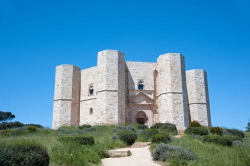 Kastil Octagonal