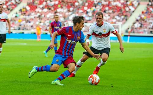 Suasana laga Stuttgart vs Barcelona