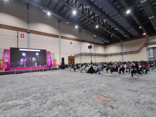 Vaksinasi covid-19 dari fans BTS Indonesia. (Foto: Twitter @BTS_National)