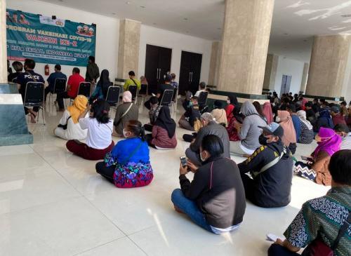 Vaksinasi Covid-19 di Masjid KH Hasyim Asy'ari
