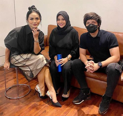 Atta Halilintar, Aurel, dan Krisdayanti (Foto: Instagram)