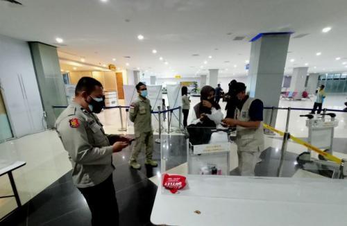 Penumpang Lolos di Bandara Sorong