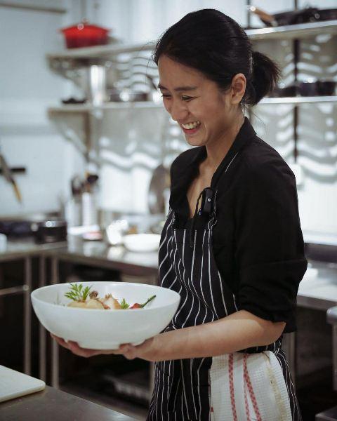Chef Renatta Moeloek. (Foto: Instagram @renattamoeloek)