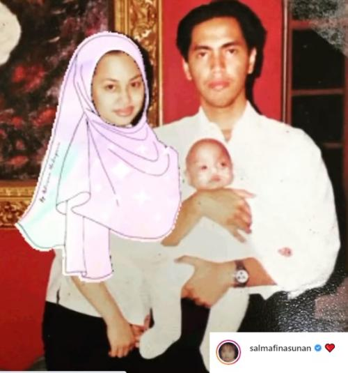 Salmafina Sunan bagikan foto lawas dengan kedua orangtuanya. (Foto: Instagram/@salmafinasunan)