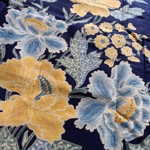 Batik tulis peranakan Oey Soe Tjun di Pekalongan. (Foto: Imelda Lewono/BBC)