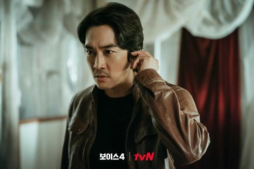 Song Seung Heon dalam Voice 4. (Foto: tvN)