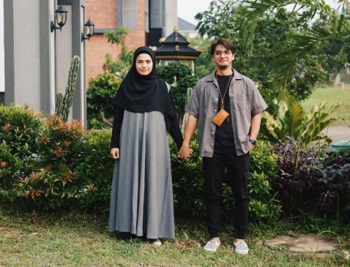 Ricky Harun dan Herfiza Novianti. (Foto: Instagram @herfiza)