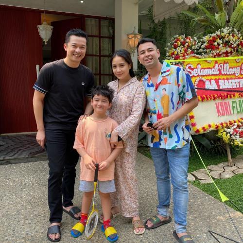 Raffi Ahmad, Nagita Slavina, Rafathar dan Taufik Hidayat