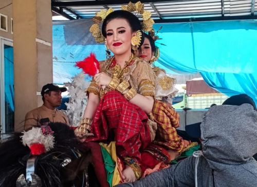 Tradisi Messawe Khas Suku Mandar