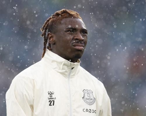 Moise Keans saat membela Everton