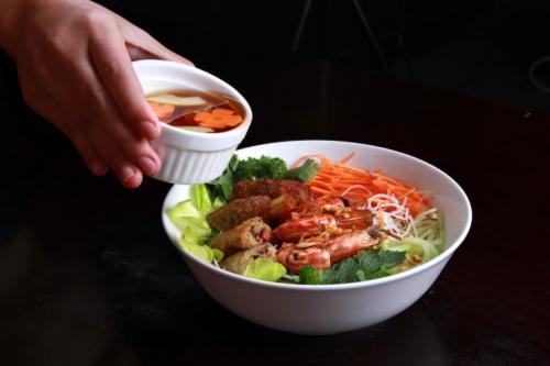 Bun makanan sehat asal Vietnam. (Foto: Antara)