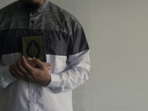 Ilustrasi adab-adab mencari ilmu. (Foto: Unsplash)