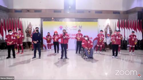 Penyambutan kloter terakhir kontingen Indonesia