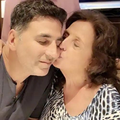Akshay Kumar dan Ibu