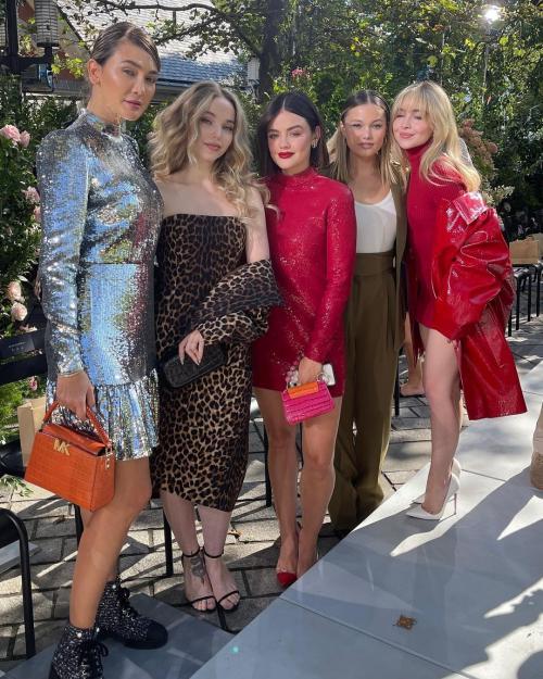 Luna Maya New York Fashion Week 2022