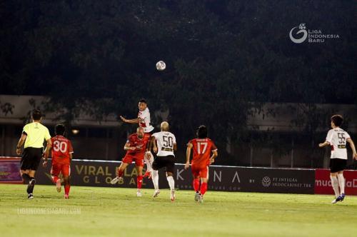 Madura United vs PSM Makassar (Foto: Liga Indonesia Baru)