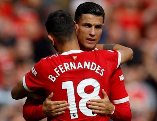 Cristiano Ronaldo bersama Bruno Fernandes