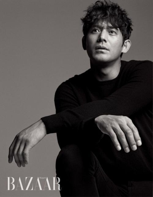 Oh Ji Ho dituding mengajak aktris Heo Yi Jae berhubungan badan. (Foto: Harper's Bazaar)
