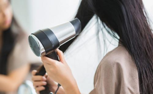 15 cara agar rambut tidak mengembang