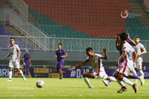 Persik Kediri vs Borneo FC (Foto: Liga Indonesia Baru)