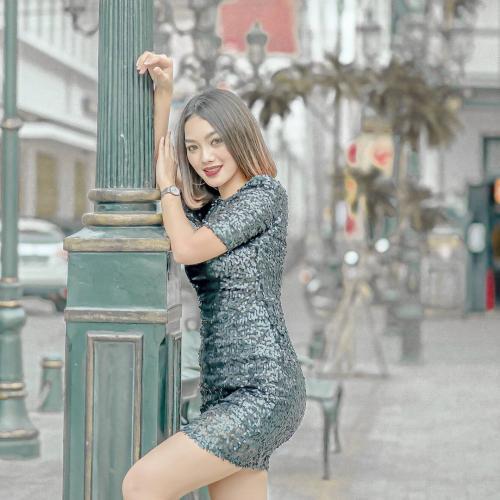 Pramugari Sherin Oviani