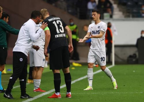 Frankfurt Eintracht vs Fenerhace di Liga Eropa. (Foto: Reuters)