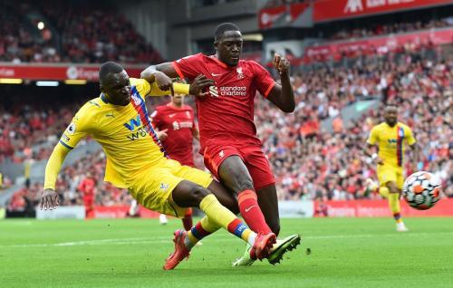 Ibrahima Konate vs Crystal Palace (Foto: Reuters)