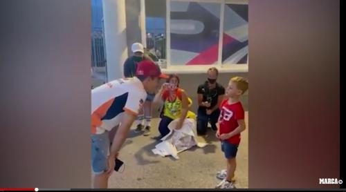 Marc Marquez dan fans-nya