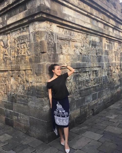Pramugari Maya Anggun Sekar