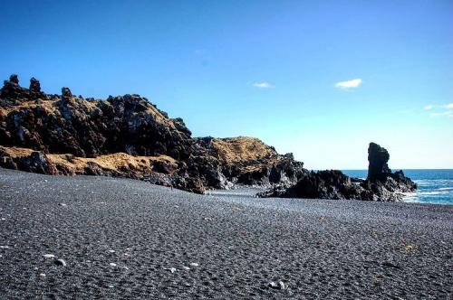 Pantai Islandia
