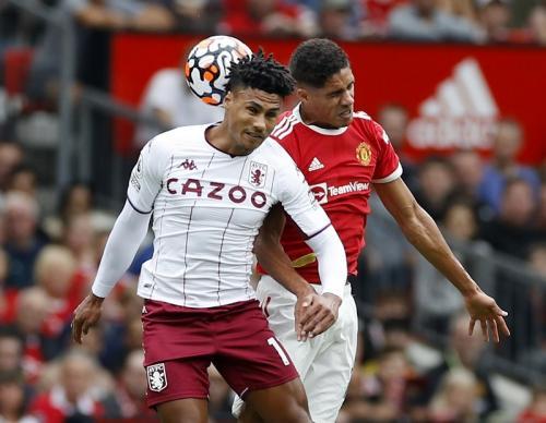 Laga Manchester United vs Aston Villa di Liga Inggris 2021-2022. Foto: Reuters