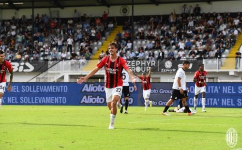 Daniel Maldini (Foto: Twitter/@acmilan)