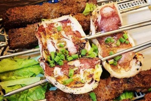Wisata kuliner halal di Chinatown Singapura. (Foto: Singapore Tourism Board/Antara)