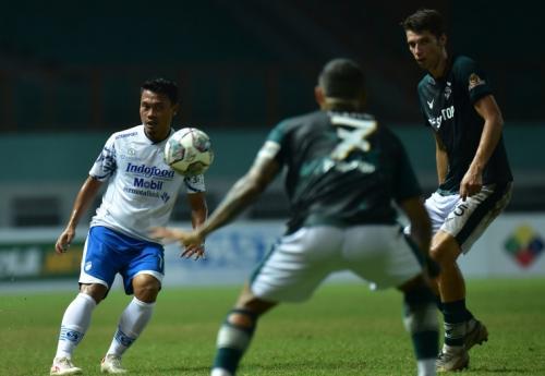Persikabo 1973 vs Persib Bandung